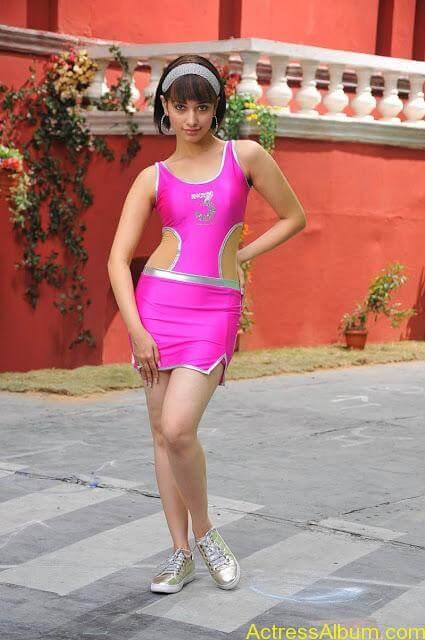 12675_tduid1085_Tamanna_hot_navel_show_thigh_show_southIndianhotspot_blogspot_com13_122_80lo