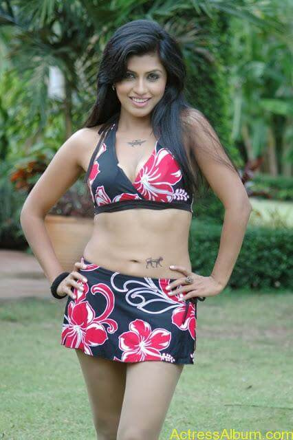 Aarthi puri Telugu Actress Sexy Photos Hot Spicy Masala Bikini Photos Pics (56)