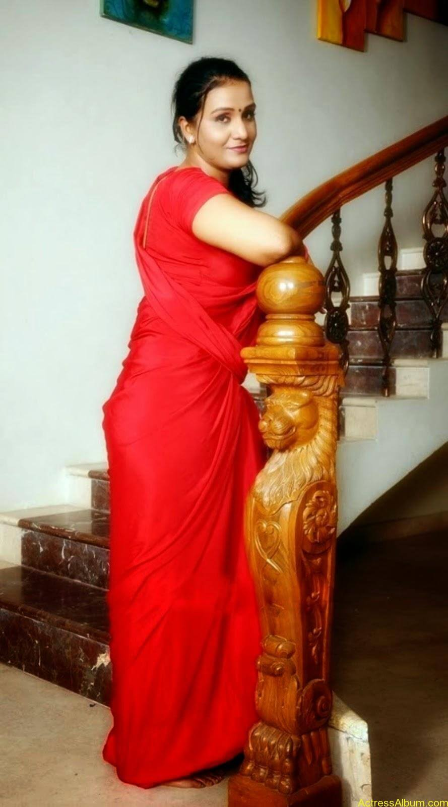 ACTRESS APOORVA VERY HOT IN RED SAREE PHOTO COLLECTION 12