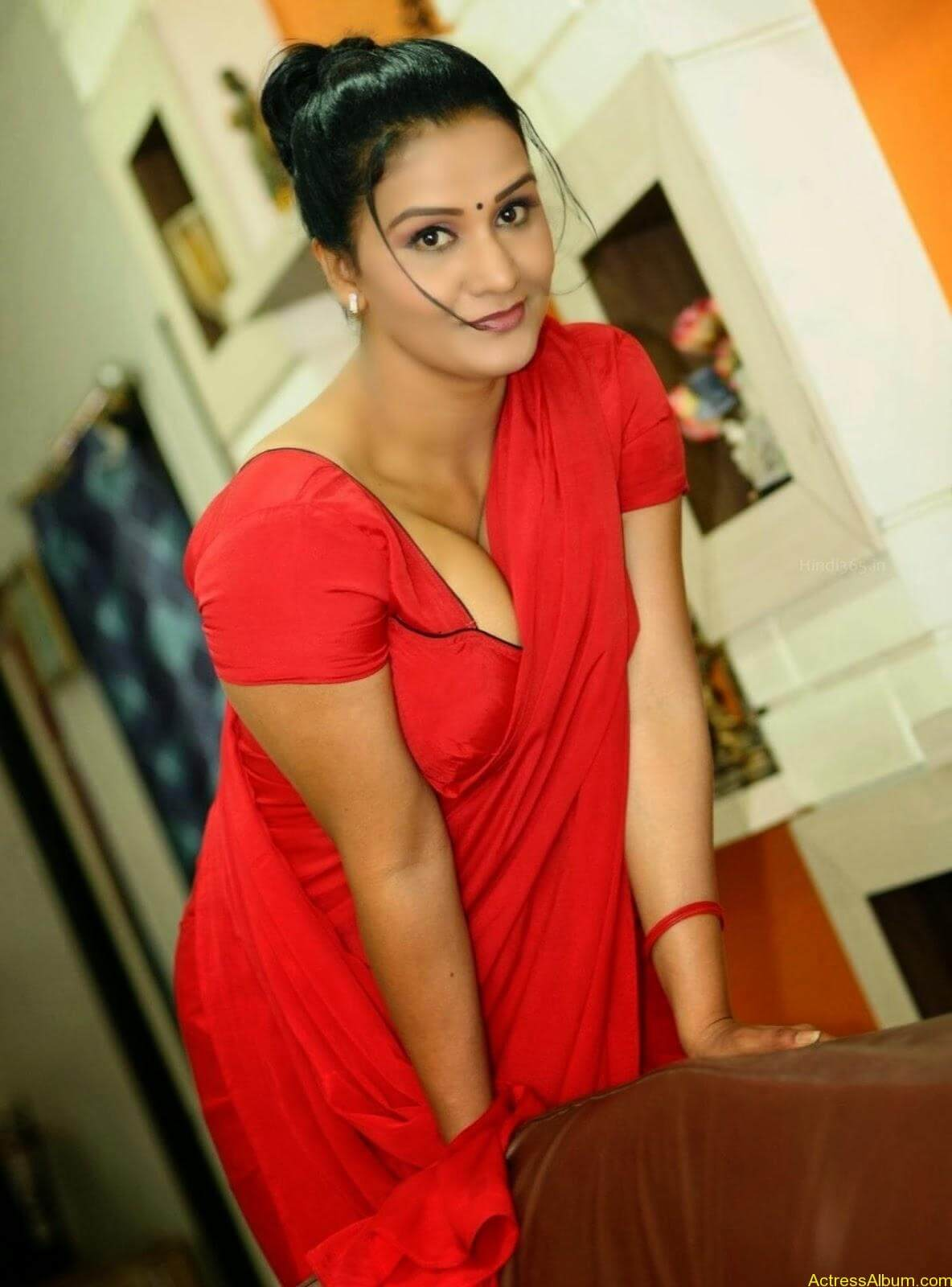 ACTRESS APOORVA VERY HOT IN RED SAREE PHOTO COLLECTION 15