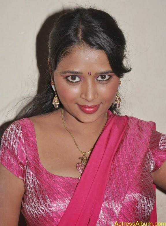 actress-jothisha-saree-stills (10)