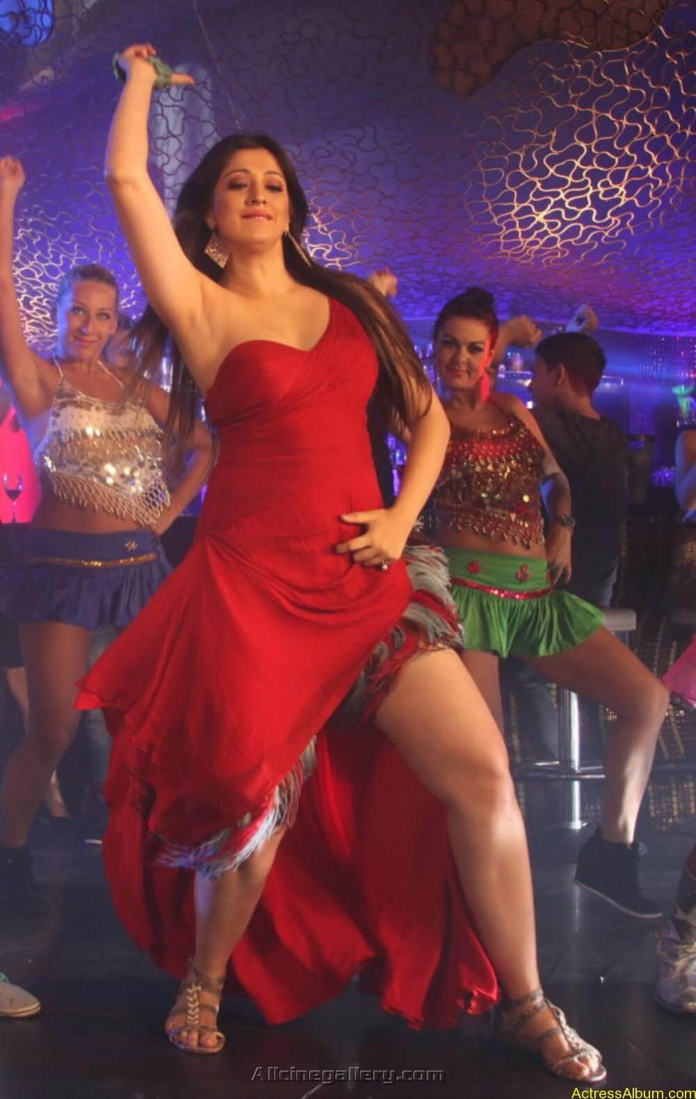 Lakshmi-Rai-Latest-Hot-Photos-At-Balupu-04