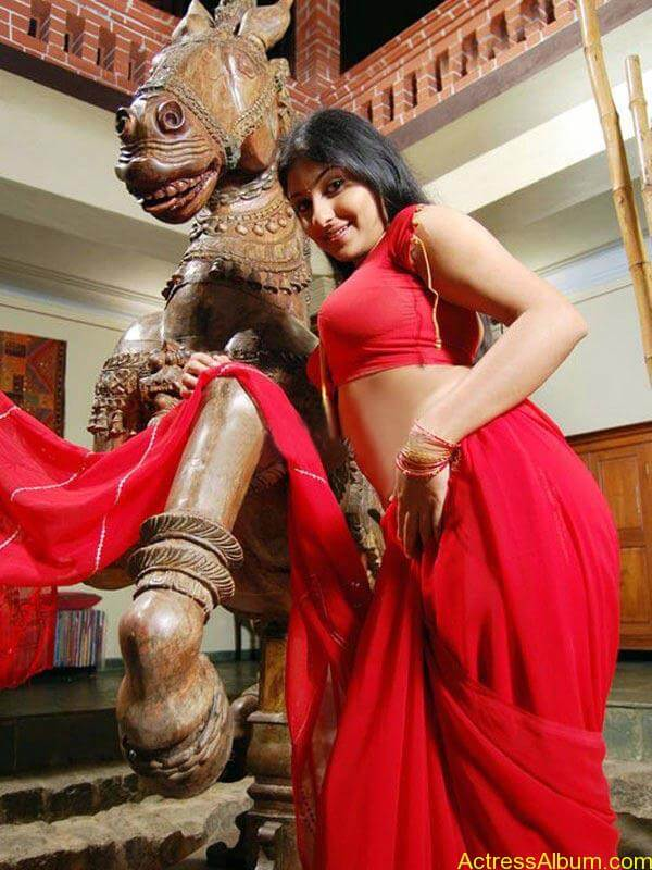 ACTRESS MONICA SEXY RED BLOUSE PHOTO COLLECTIONS3