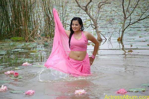 Actress Roopika Latest Spicy Photos @ Senkadu Movie Latest Gallery (13)