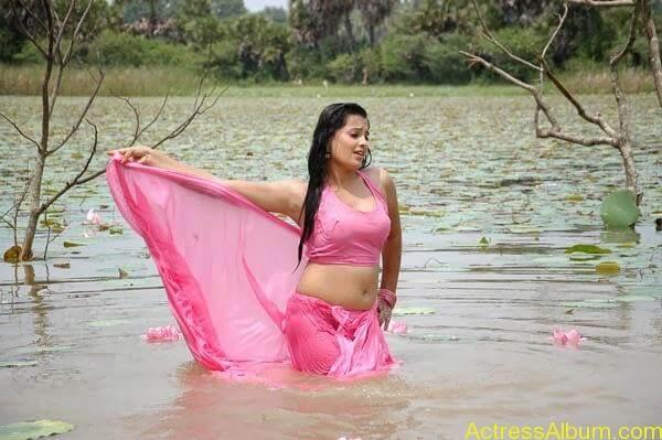Actress Roopika Latest Spicy Photos @ Senkadu Movie Latest Gallery (15)
