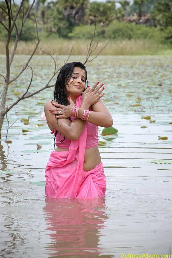 Actress Roopika Latest Spicy Photos