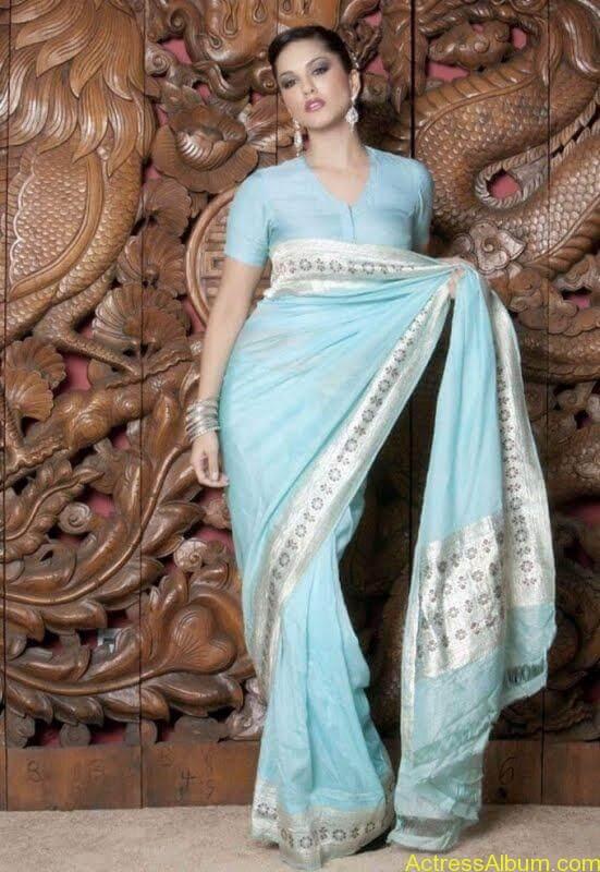 Actress_Sunny_Leone_Spicy_Stills_Saree_Hot_Photos_004