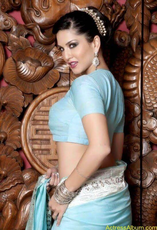Actress_Sunny_Leone_Spicy_Stills_Saree_Hot_Photos_005