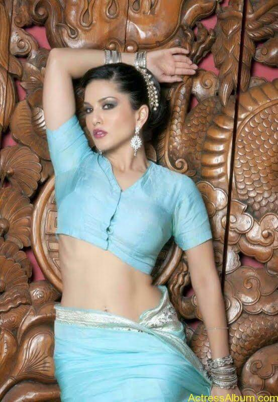 Actress_Sunny_Leone_Spicy_Stills_Saree_Hot_Photos_008