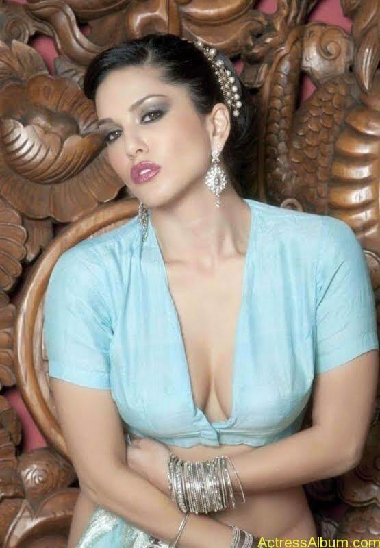 Actress_Sunny_Leone_Spicy_Stills_Saree_Hot_Photos_009