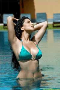 Actresses Sunny Leone hot & spicy image 01