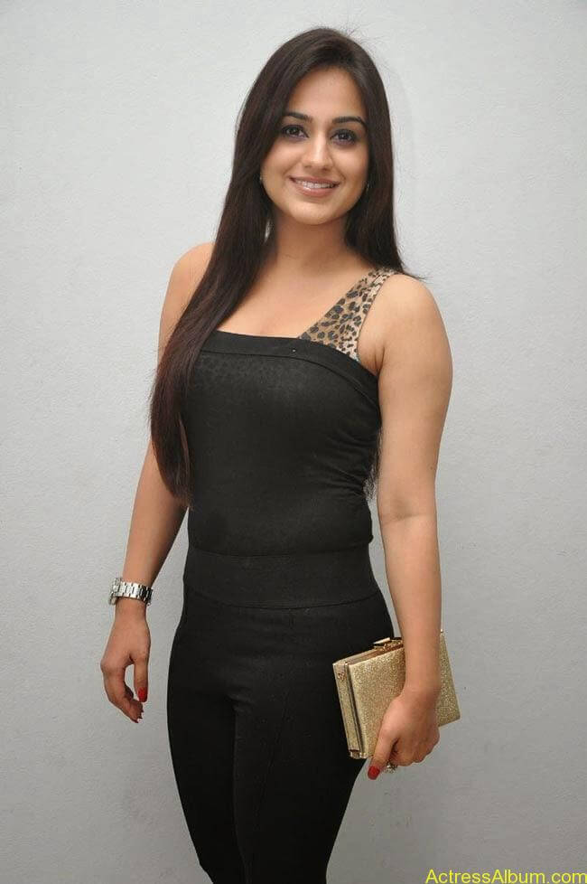 Aksha Pardasany In Tight Black Dress Sexy Photos