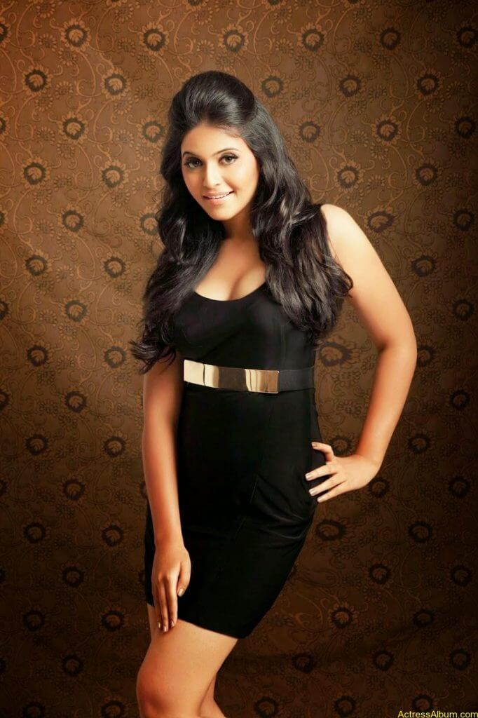 anajali-hot-photoshoot-2014-1
