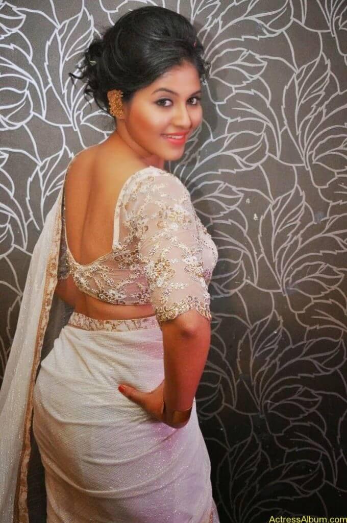 Anjali Hot Stills In Sheer Saree At Geethanjali First Look  (02)