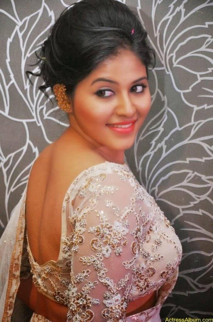 Anjali Hot Stills In Sheer Saree At Geethanjali First Look  (07)