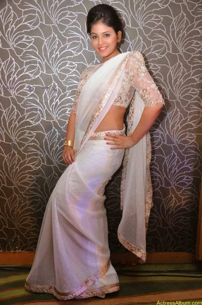 Anjali Hot Stills In Sheer Saree At Geethanjali First Look  (23)