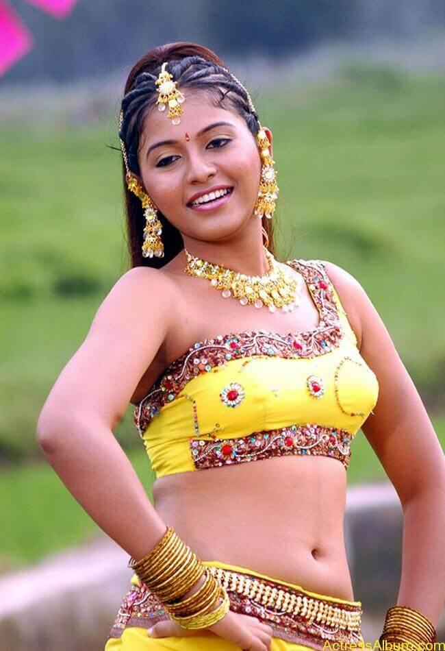 anjali_hot_navel_show_tamil_actress_anjali_003