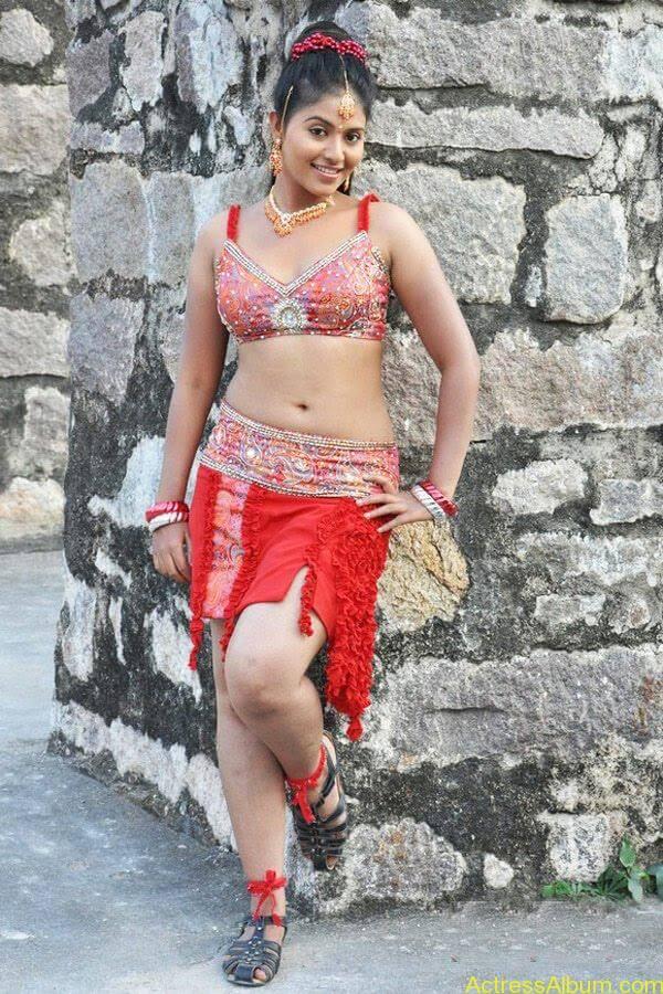 anjali_hot_navel_show_tamil_actress_anjali_007