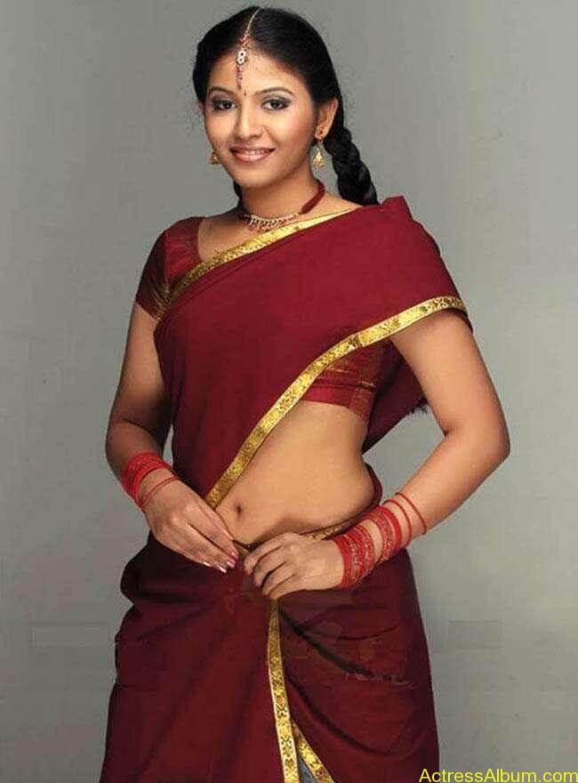 anjali_hot_navel_show_tamil_actress_anjali_010