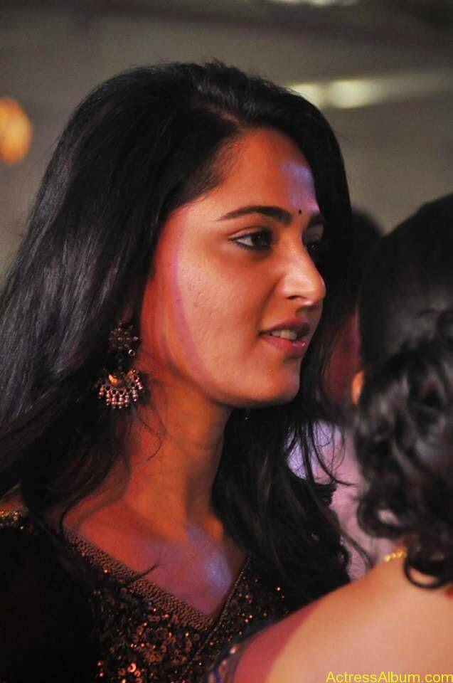 Anushka Shetty at wedding party 5