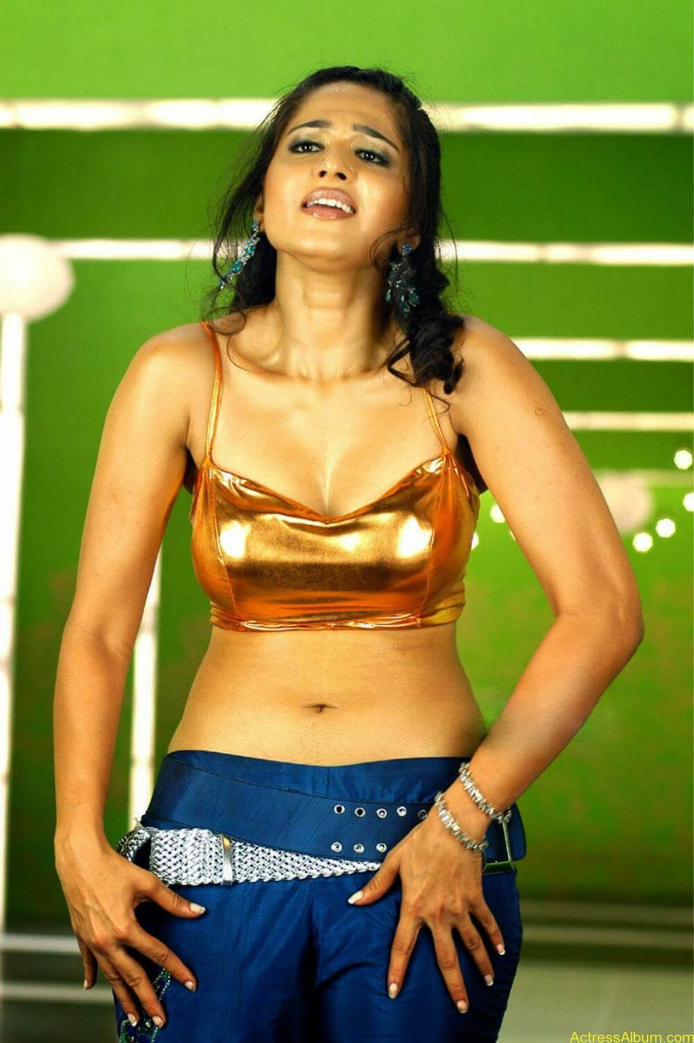 Billa Movie Actress