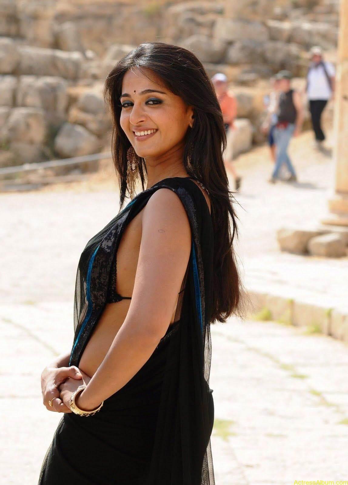 Anushka Stills In Black Saree