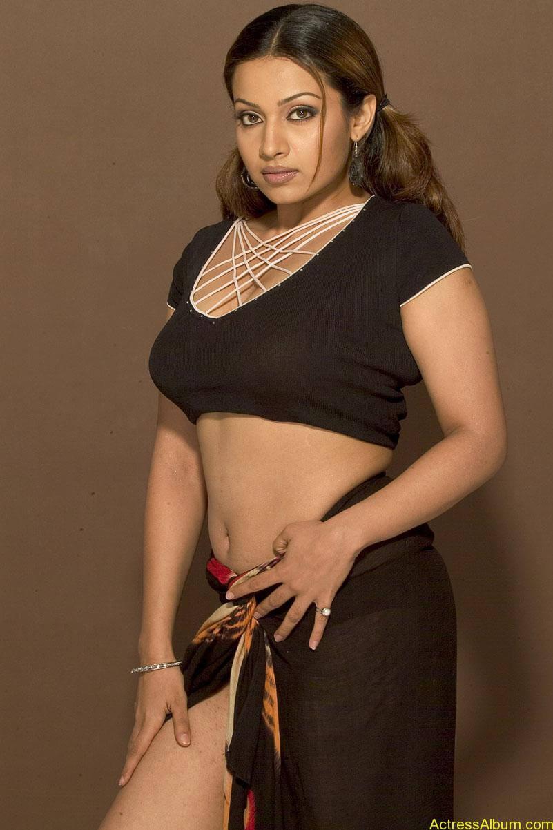 Actress Asha Saini Hot Spicy In Black Saree Photos - Actress Album-3736