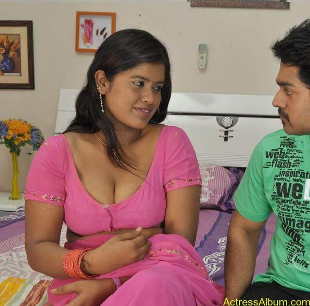 B-Grade-Hot-Tamil-Movie-Sokkali-Spicy-Pictures-Online-Gallery