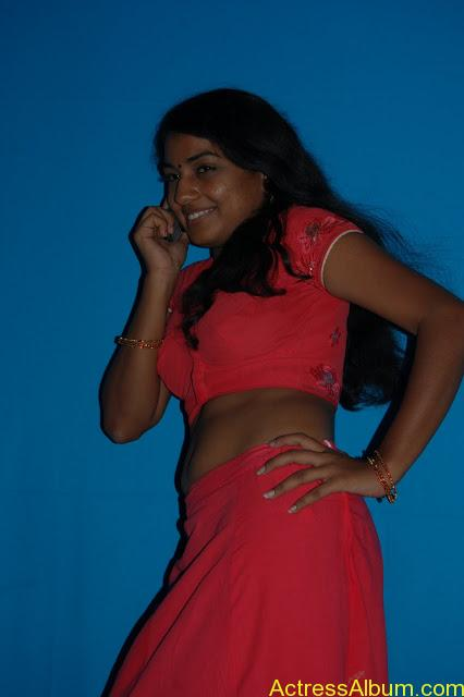 Ethir Sevai Tamil Movie Heroin Hot Spicy Stills (54)
