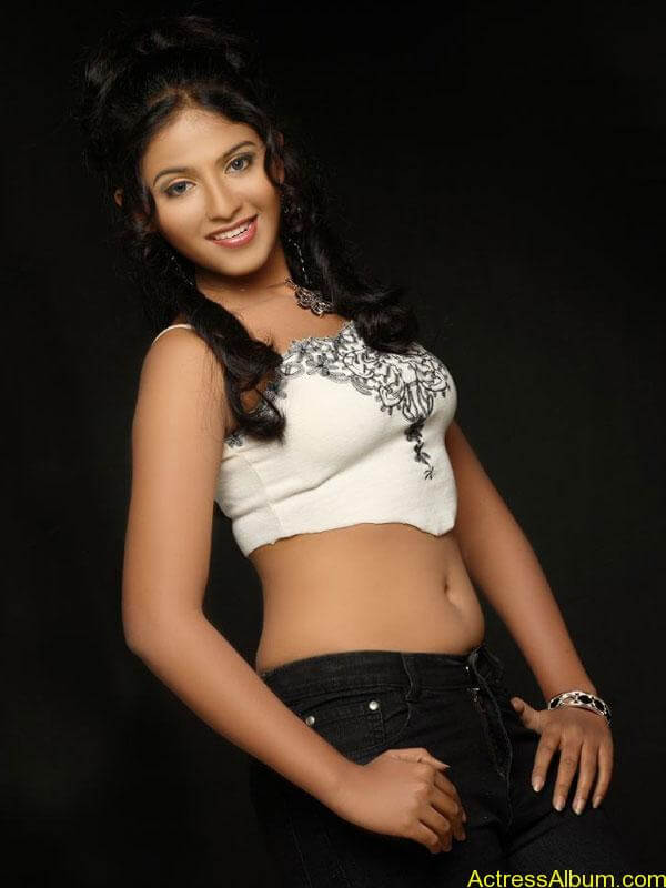 Hot stills of Anjali old collection4