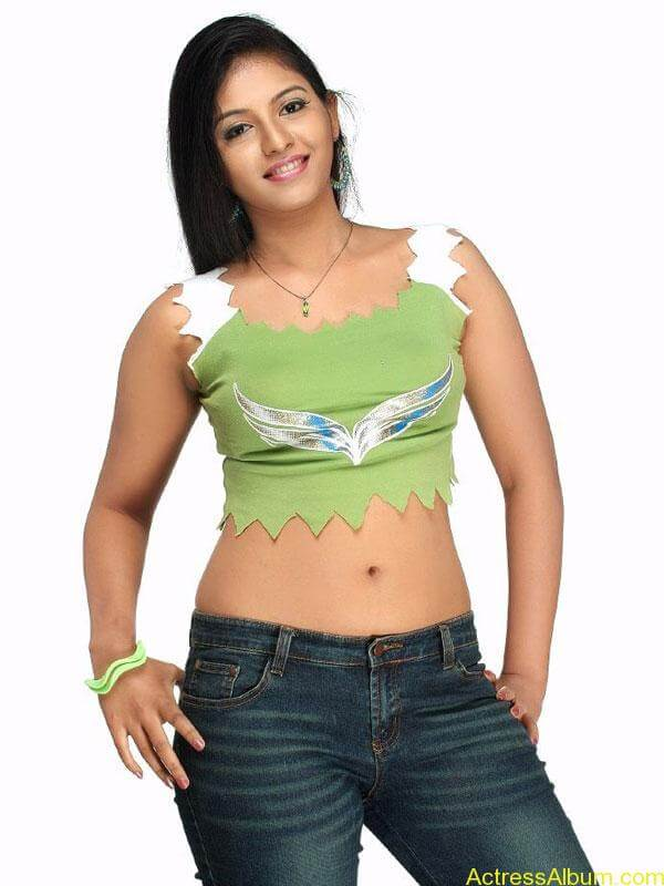 Hot stills of Anjali old collection6