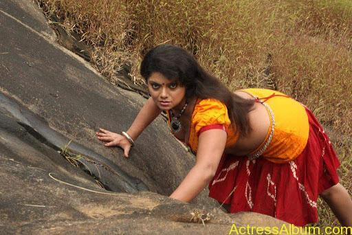 hot-tamil-actresses-swathi-verma-from tamil movie-devathasiyin-kadhai-desktop-wallpapers_hottamilactresseshub.blogspot.com_010