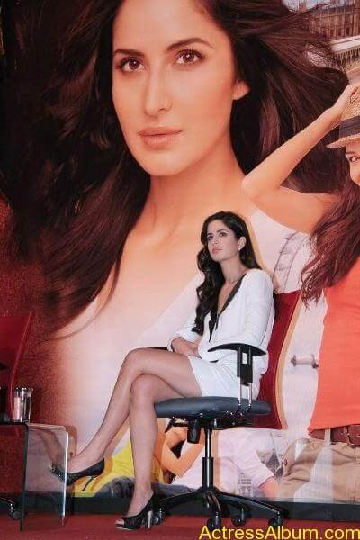 KATRINA KAIF WARDROBE MALFUNCTION COLLECTION2