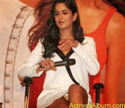 KATRINA KAIF WARDROBE MALFUNCTION COLLECTION4