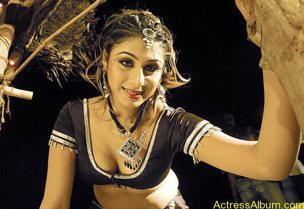 Laksha Navel actress Hot Photos3