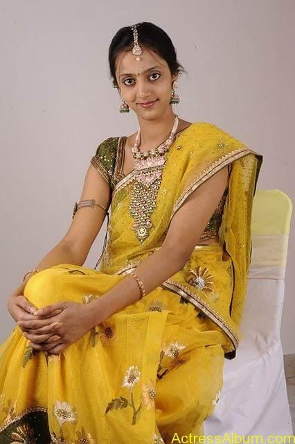 lakshmi_pranathi_saree_images_07