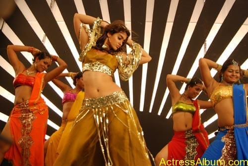 latest-ileana-hot-stills-rechipo (6)
