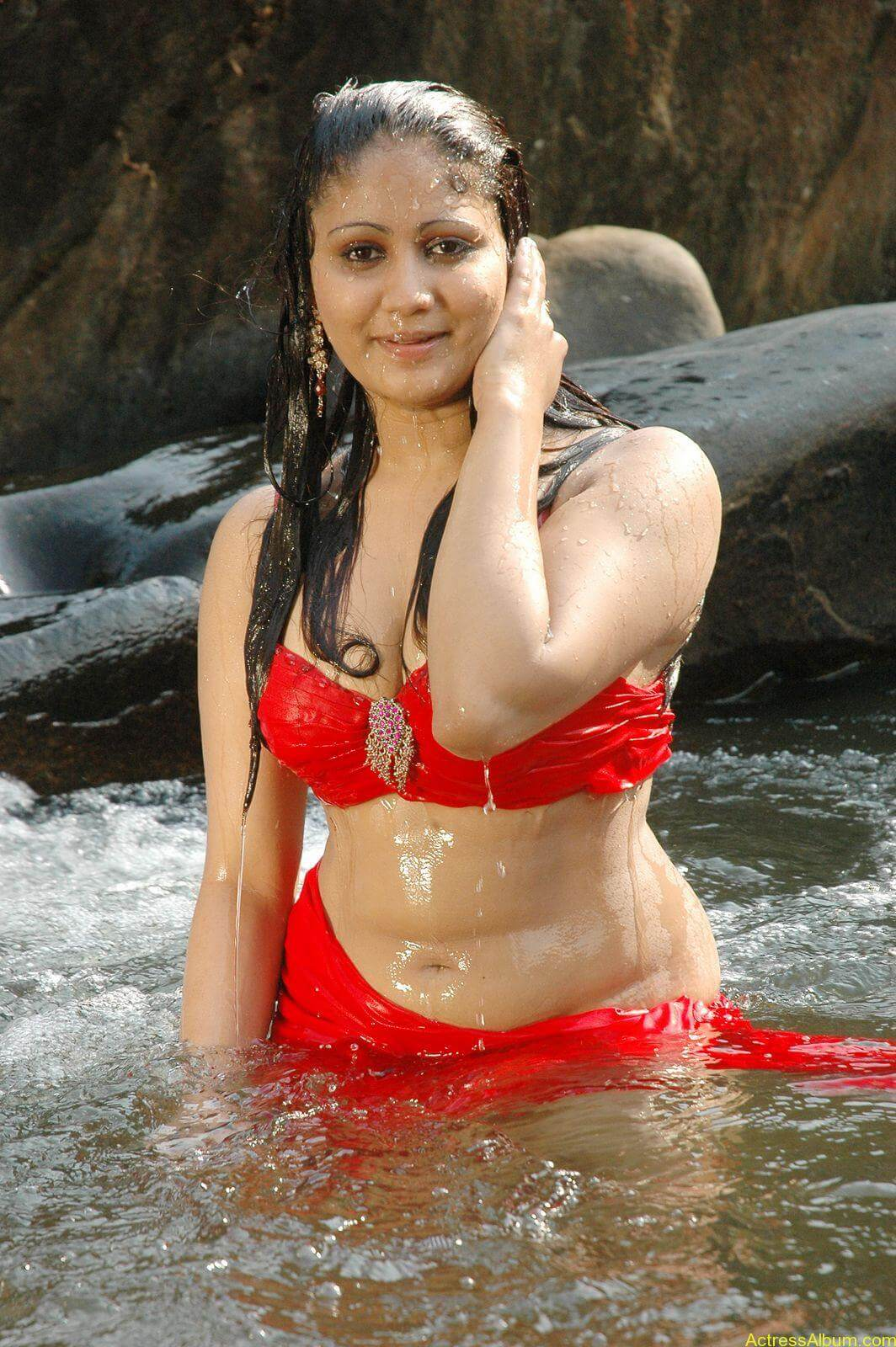 macha kanni tamil movie hot stills14