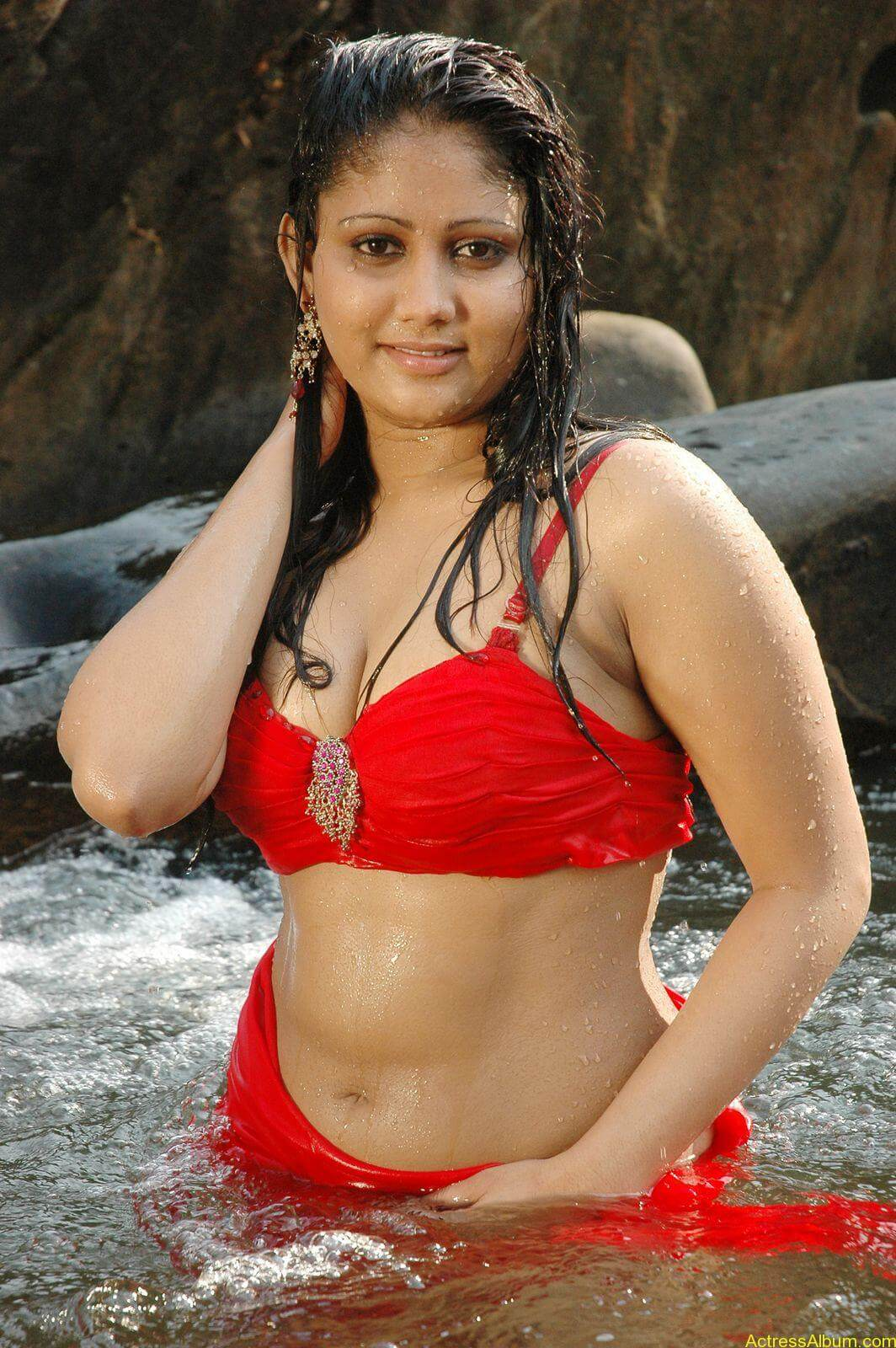 macha kanni tamil movie hot stills16