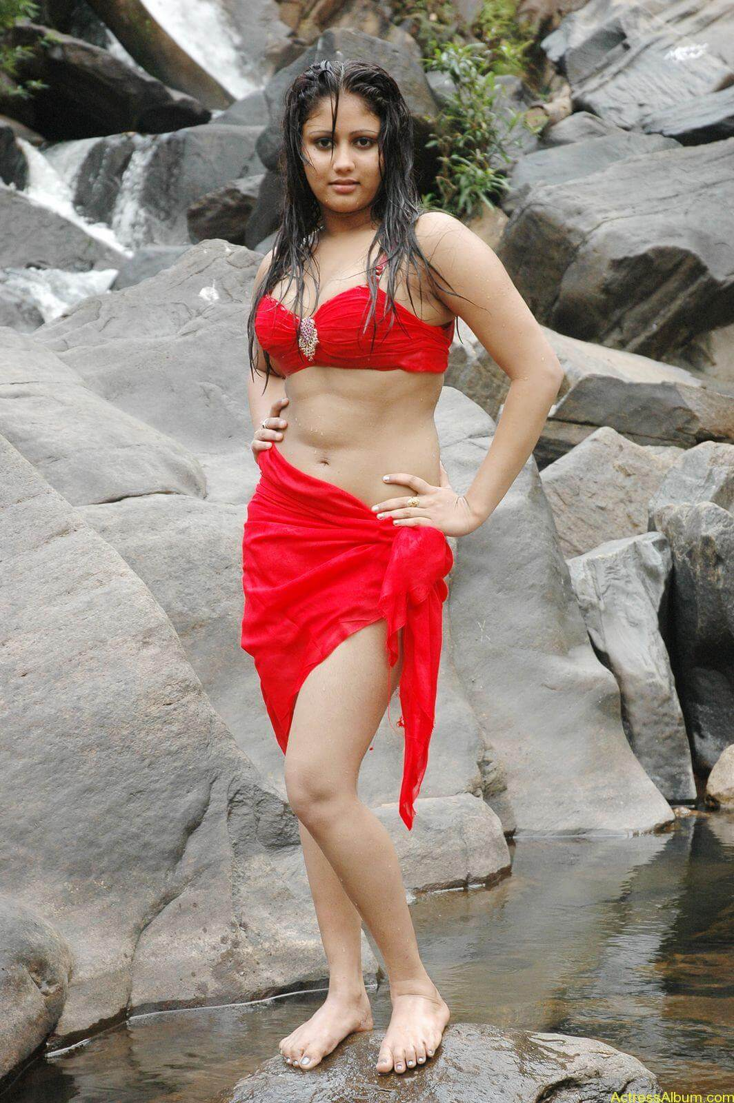 macha kanni tamil movie hot stills20