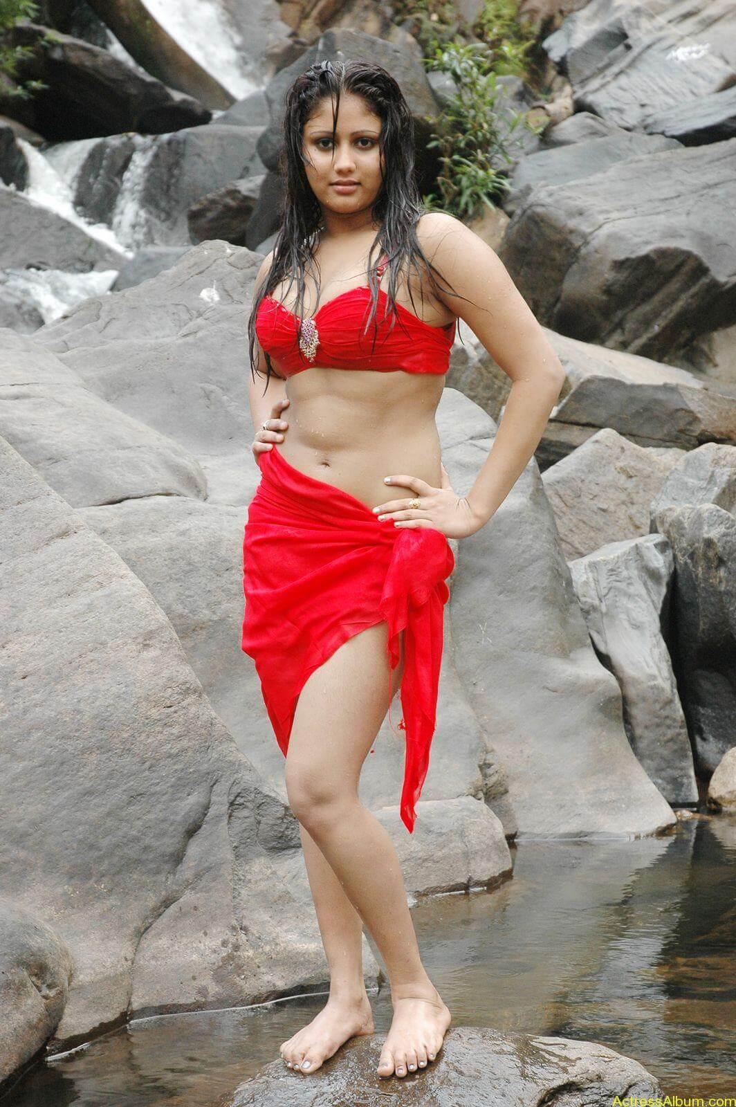 macha kanni tamil movie hot stills20
