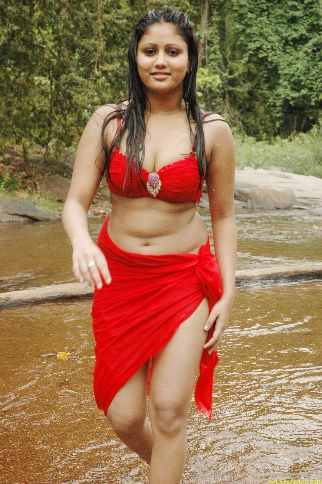 macha kanni tamil movie hot stills29