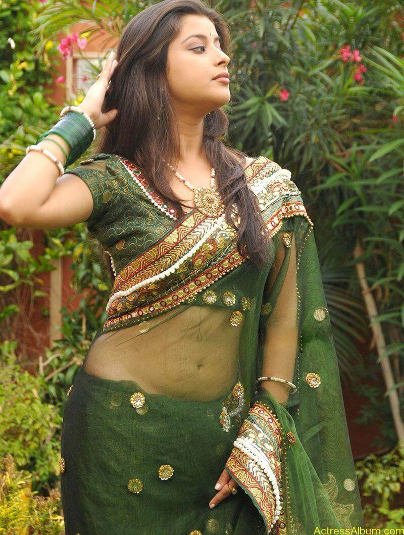 Madhurima Hot Navel Exposing in Transparent saree