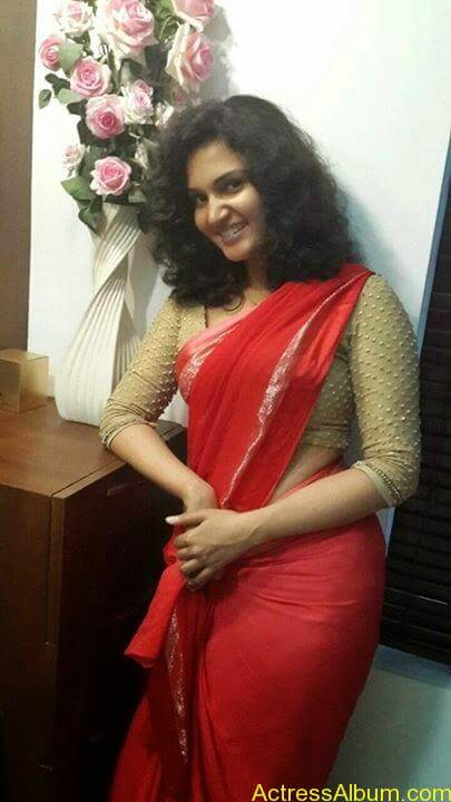 Malayalam Actress Honey Rose New Facebook Photos 2