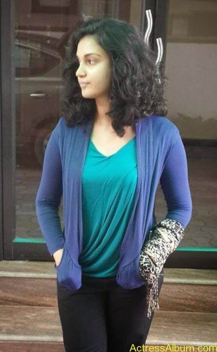Malayalam Actress Honey Rose New Facebook Photos 6