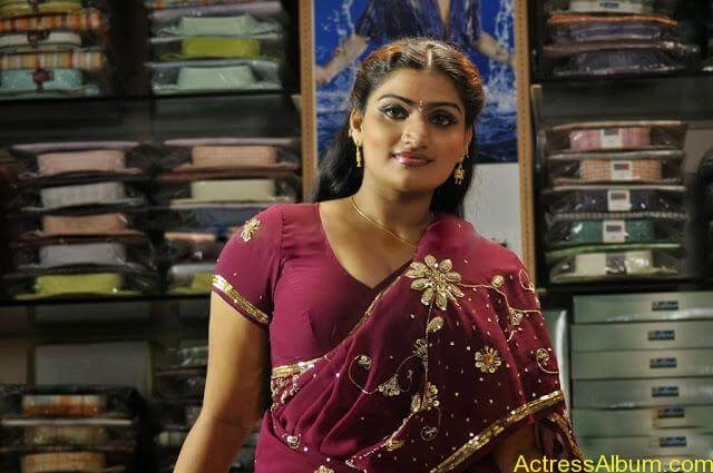 MALLU ACTRESS BABILONA SEXY SAREE PHOTOS2