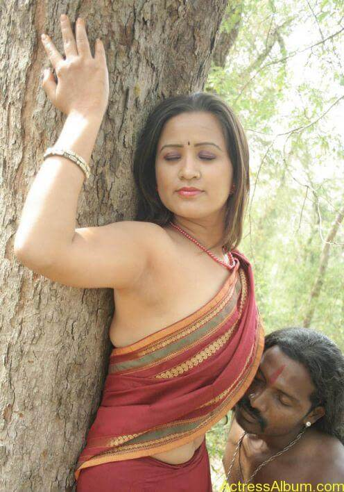 Mallu Actress Without Blouse Sexy Photo Collections -9094