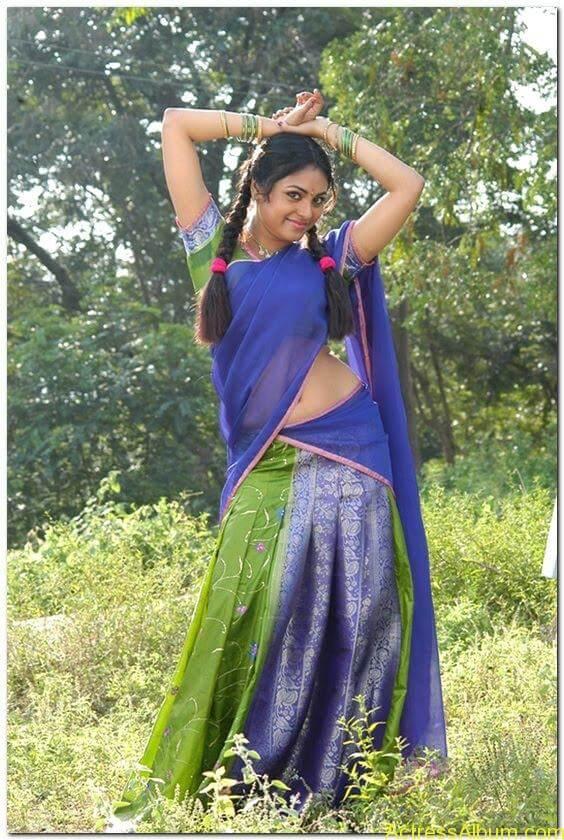 Meenakshi-latest-hot-stills(7)