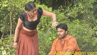 Meghanaraj Topless photos hot3