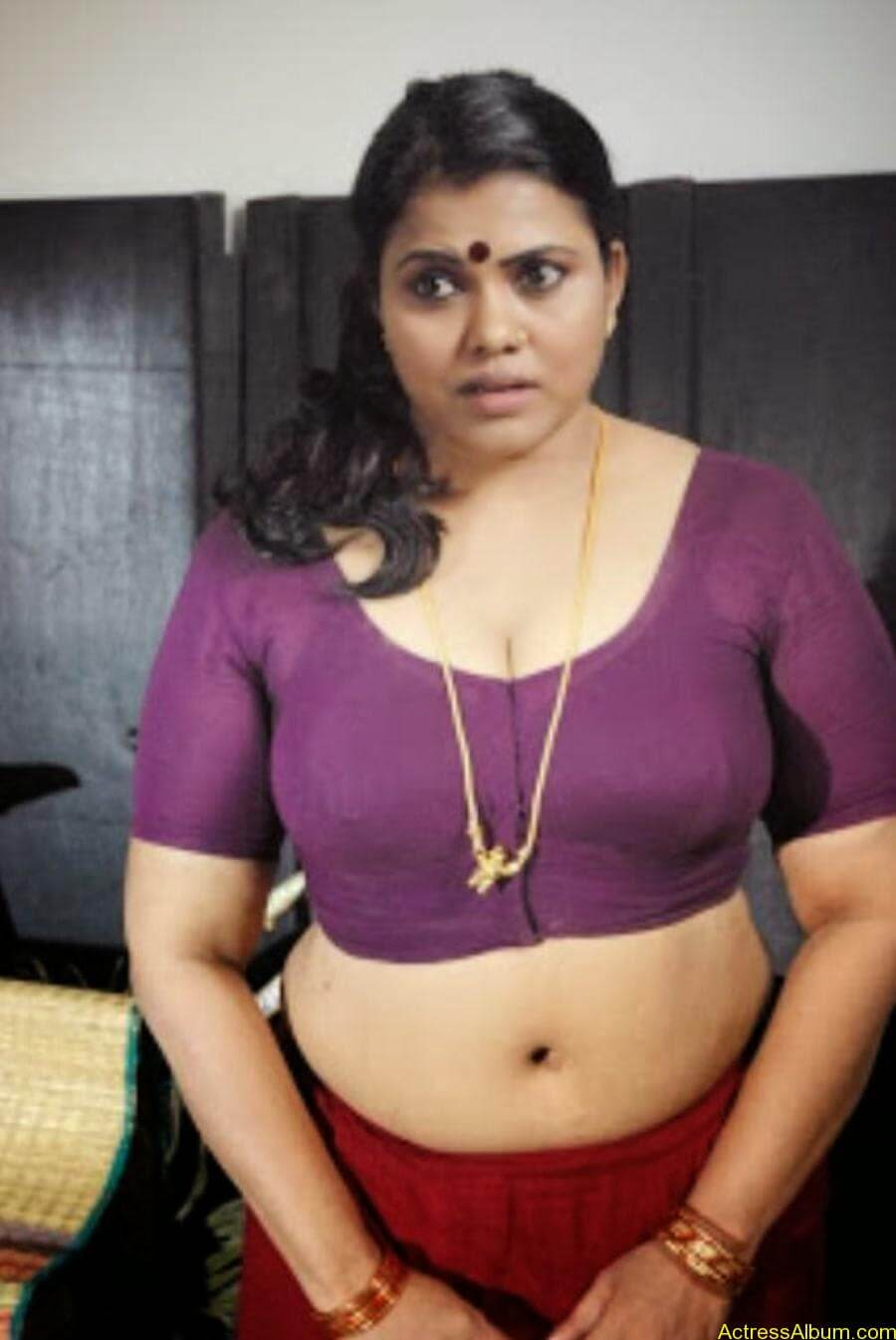 Desi Sexy Nude Boobs